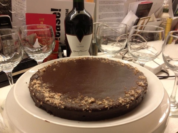 Flourless Chocolate Cake with Bittersweet Chocolate Glaze